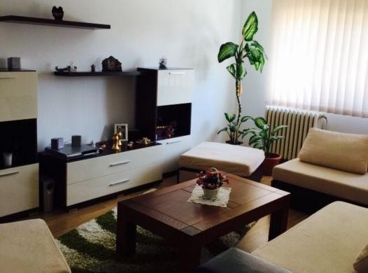 102523426_1_1000x700_apartament-3-camere-70-mp-alba-iulia