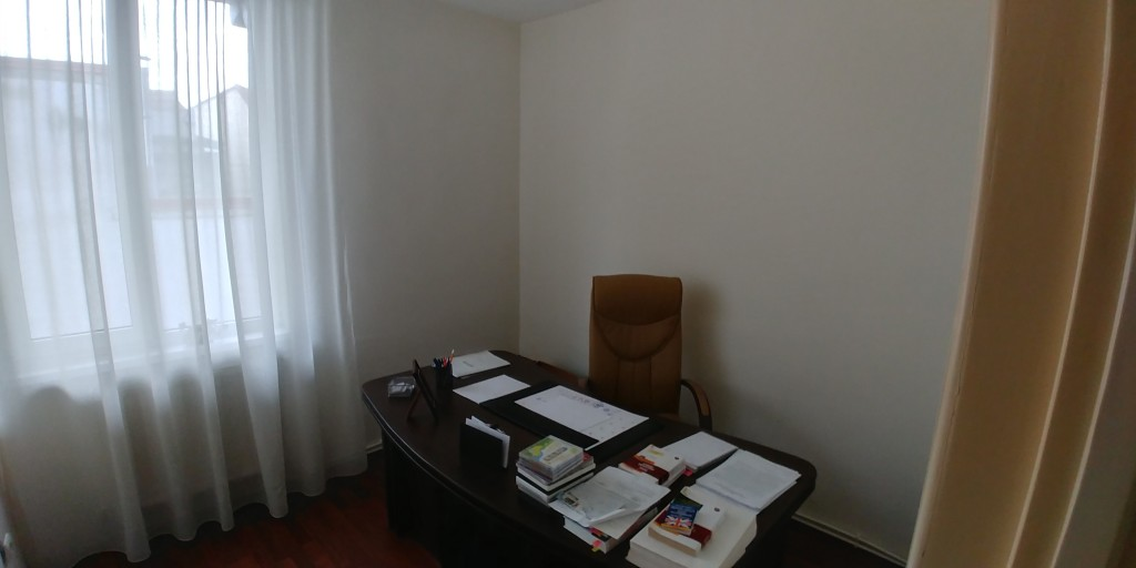 casa de inchiriat alba iulia centru pret 1000 euro luna casa pronto. Black Bedroom Furniture Sets. Home Design Ideas