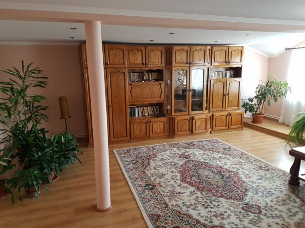 192606439_1_644x461_apartament-5-camere-185-mp-alba-iulia_rev001