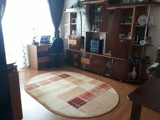193507159_4_644x461_vand-apartament-2-camere-zona-ampoi-1-imobiliare