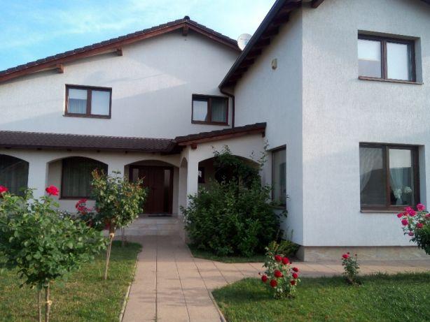 221165675_2_644x461_casa-cartier-orizont-fotografii