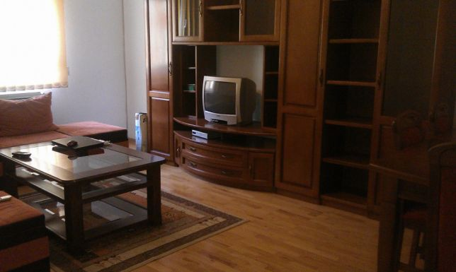 222584119_2_644x461_apartament-cu-3-camere-fotografii