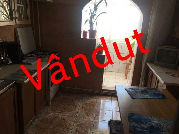 222372026_2_644x461_vand-apartament-2-camere-propietar-decomandat-fotografii