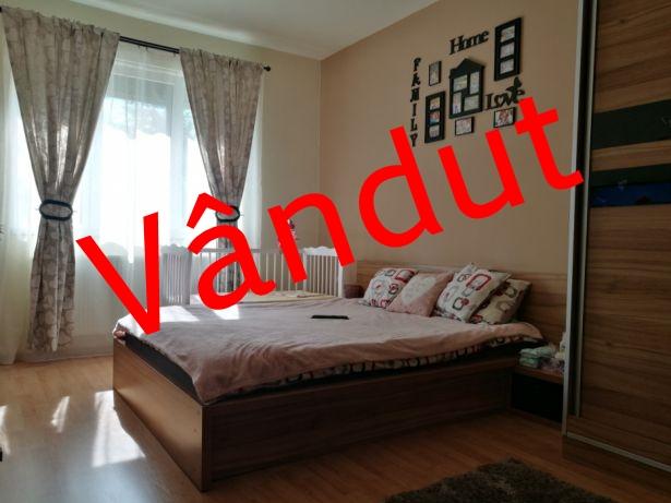 225204629_8_644x461_vand-apartament-2-camere-cu-gradina-si-loc-de-parcare-_rev001