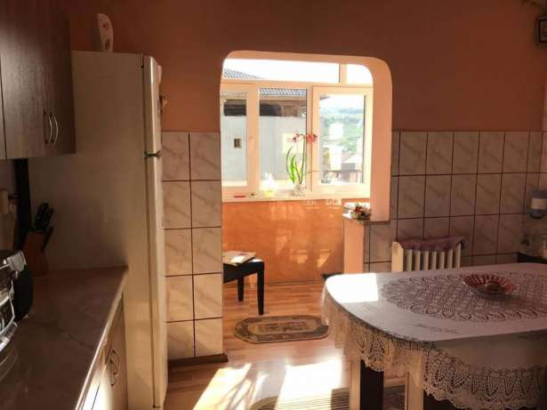 160015967_1_644x461_vand-apartament-3-camere-zona-kaufland-alba-iulia